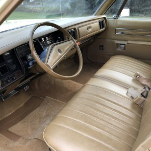77 Chrysler Town & Country