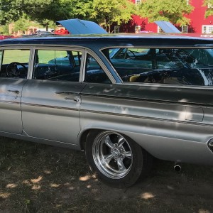 1960 Pontiac Catalina Safari Wagon Rl