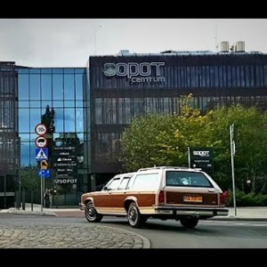 Ford LTD Crown Victoria Country Squire Griswold G1982 5.0 V8 dzień zakupu 7.10.2017 Gdynia / Sopot - YouTube